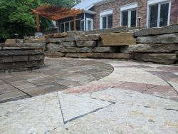Outcropping Retaining Wall Unilock Beacon Hill Inlay Rivercrest Fire Pit Flagstone Accent