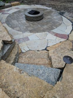 Outcropping Steps Unilock Beacon Hill Inlay Rivercrest Fire Pit Flagstone Accent